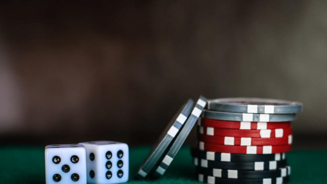 """Firmy hazardowe przekazujące """"obraźliwe"""" kwoty na cele charytatywne związane z uzależnieniami"""